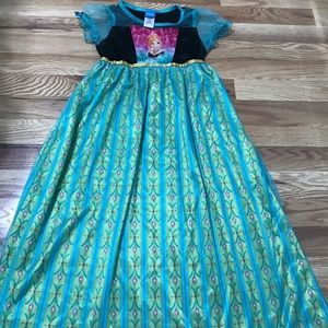 Kids Frozen nightgown